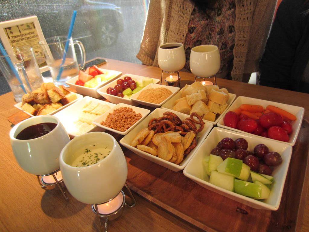 Capstone Tea & Fondue – Chocolate. Cheese. Yum. – EATING with Kirby | {Fondues 40}