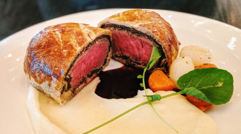 Hell's Kitchen (Las Vegas) – Beef Wellington, Lobster Risotto, and Sticky Toffee Pudding